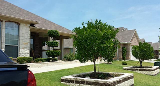 Sold Property | 44 Lucas Lane Edgecliff Village, Texas 76134 3