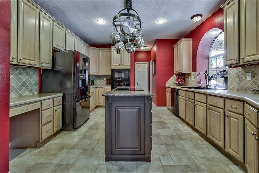 Sold Property | 4224 Treehaven Court Arlington, Texas 76016 13