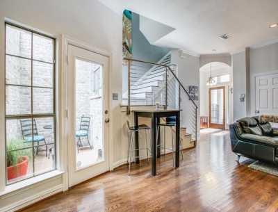 Sold Property | 2 Stonebriar Court Dallas, Texas 75206 11