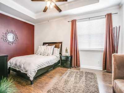 Sold Property | 2 Stonebriar Court Dallas, Texas 75206 16
