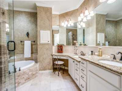 Sold Property | 2 Stonebriar Court Dallas, Texas 75206 18