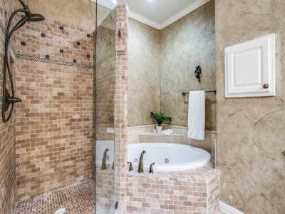 Sold Property | 2 Stonebriar Court Dallas, Texas 75206 19