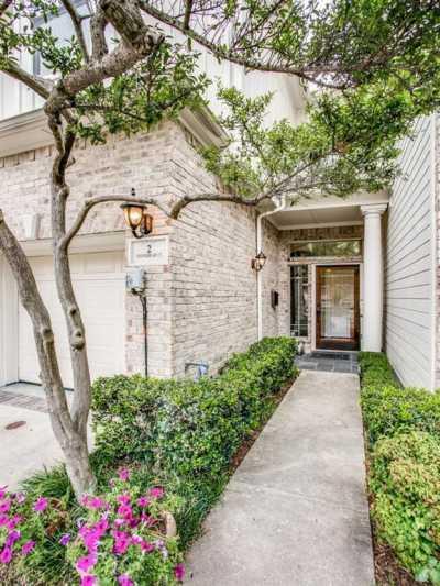 Sold Property | 2 Stonebriar Court Dallas, Texas 75206 3