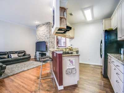 Sold Property | 2 Stonebriar Court Dallas, Texas 75206 10
