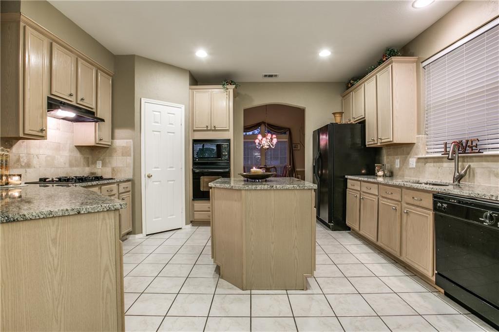 Sold Property | 3813 Erath Drive Carrollton, Texas 75010 14