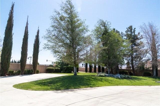 Closed | 12901 Galewood Street Apple Valley, CA 92308 2