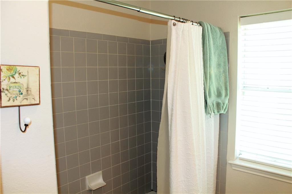 Sold Property   1503 Parkwood DR Leander, TX 78641 18