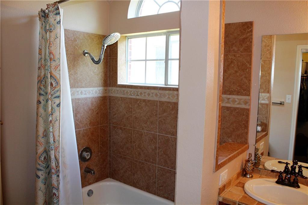 Sold Property   1503 Parkwood DR Leander, TX 78641 24