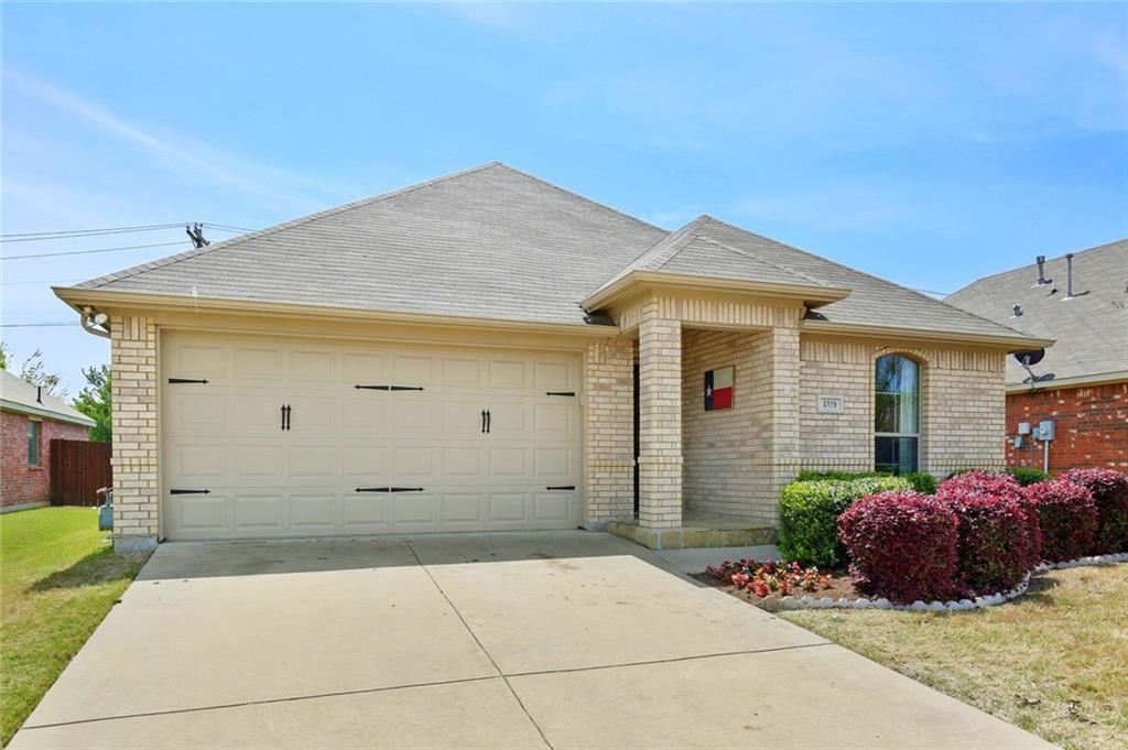 Housed Real Estate  | 6129 Lochshire  Drive Fort Worth, TX 76179 4